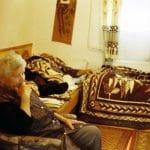 Szász Lilla: A mi házunk, Vasárnap délután: Mama Kívánságkosárt néz, Papa elszundított (2011) / Lilla Szász: Our House, Sunday afternoon: Grandma is watching TV, Grandfather is taking a nap (2011)